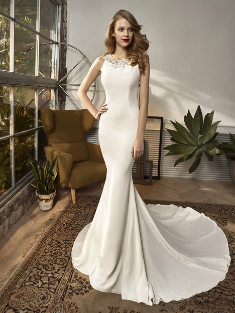 BT18-02 Wedding                                          dress by Enzoani Beautiful Bridal