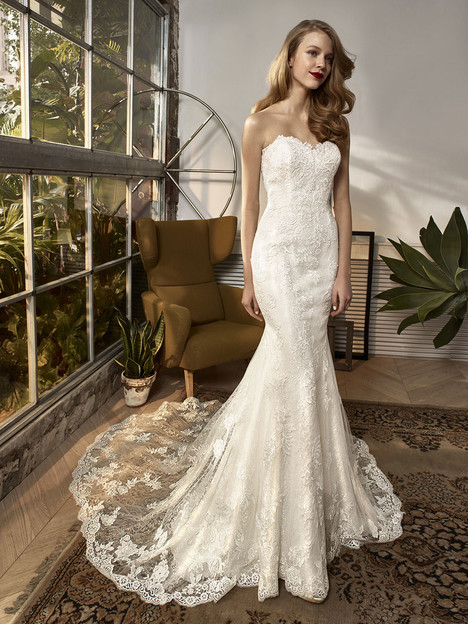 BT18-03 Wedding dress by Enzoani Beautiful Bridal