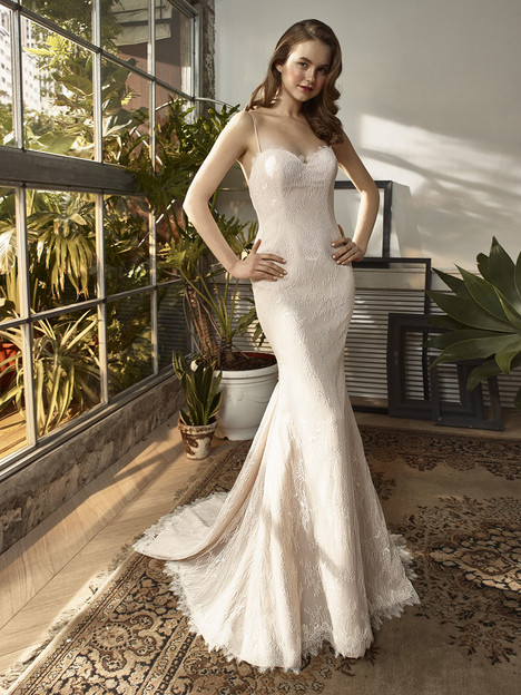BT18-08 Wedding                                          dress by Enzoani : Beautiful