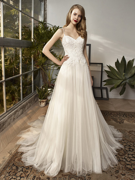 BT18-14 Wedding                                          dress by Enzoani : Beautiful