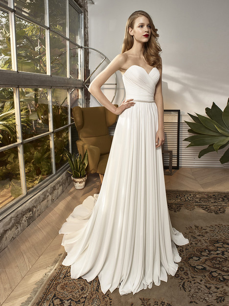 BT18-19 Wedding                                          dress by Enzoani : Beautiful