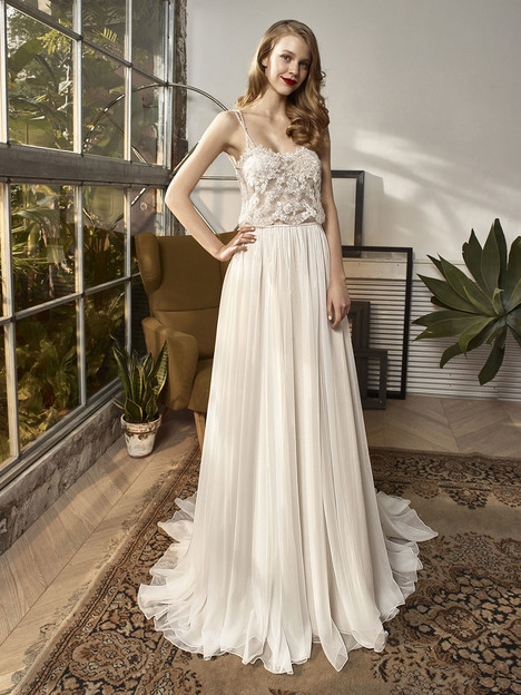 BT18-28 Wedding                                          dress by Enzoani : Beautiful