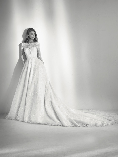 Ruth gown from the 2018 Pronovias Atelier collection, as seen on dressfinder.ca