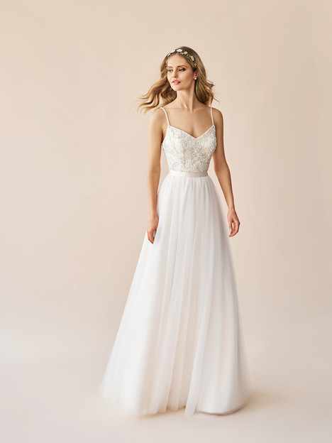 S2053 + S2063 Wedding                                          dress by Simply Val Stefani