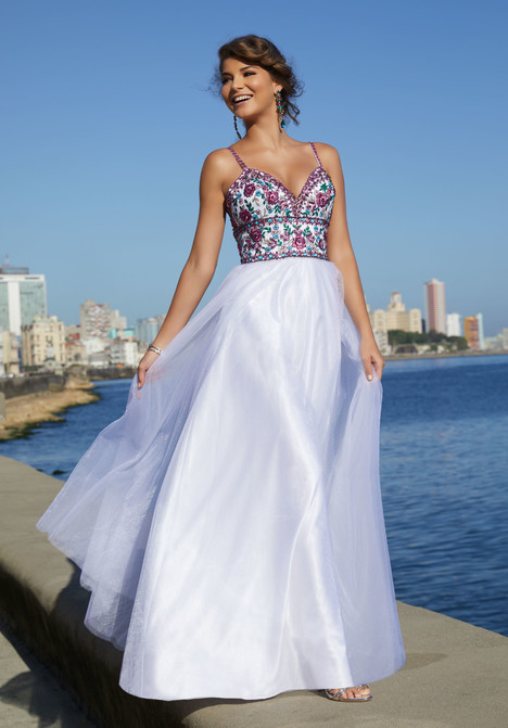 42047 gown from the 2018 Mori Lee Prom collection, as seen on dressfinder.ca