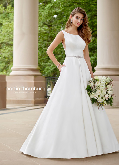 Symphony (118271) gown from the 2018 Martin Thornburg for Mon Cheri collection, as seen on dressfinder.ca