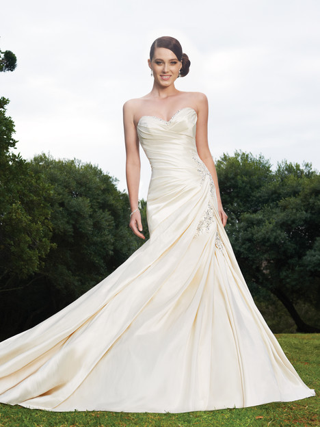 Maysilee (Y11320) gown from the 2013 Sophia Tolli collection, as seen on dressfinder.ca