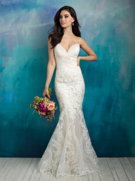 9516 gown from the 2018 Allure Bridals collection, as seen on dressfinder.ca