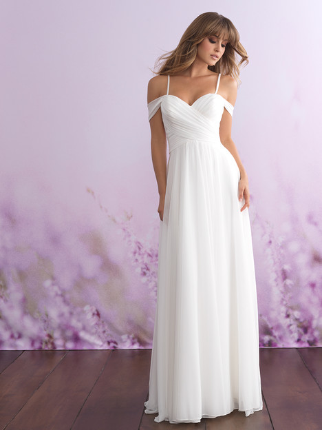 3105 gown from the 2018 Allure Romance collection, as seen on dressfinder.ca