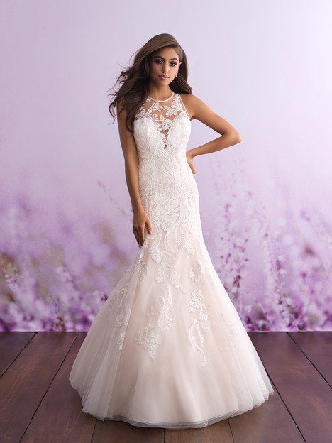 Style 3113 gown from the 2018 Allure Romance collection, as seen on dressfinder.ca