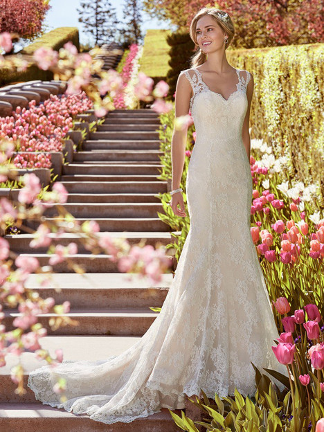 Shirley Wedding                                          dress by Rebecca Ingram