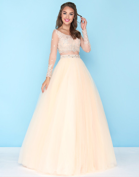 50441H (Vanilla) Prom                                             dress by Mac Duggal : Ball Gowns