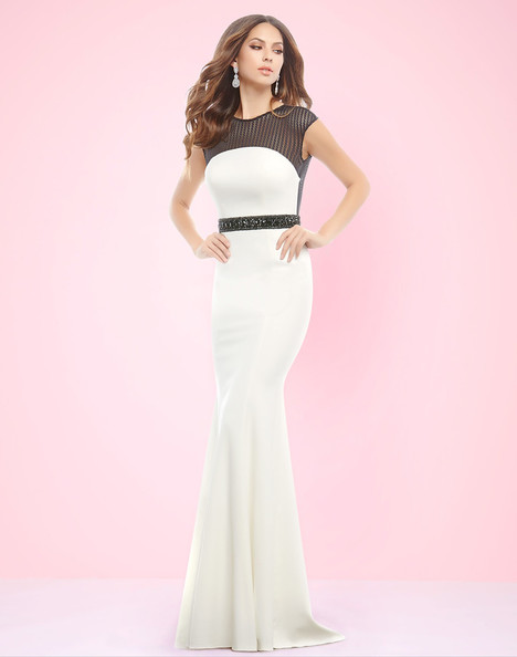 11007L (White + Black) Prom                                             dress by Mac Duggal : Flash