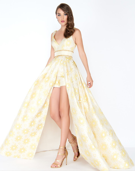 62950M (Lemon) gown from the 2018 Mac Duggal Prom collection, as seen on dressfinder.ca