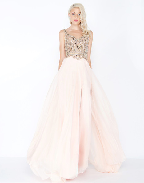 65885M (Porcelain) gown from the 2018 Mac Duggal Prom collection, as seen on dressfinder.ca