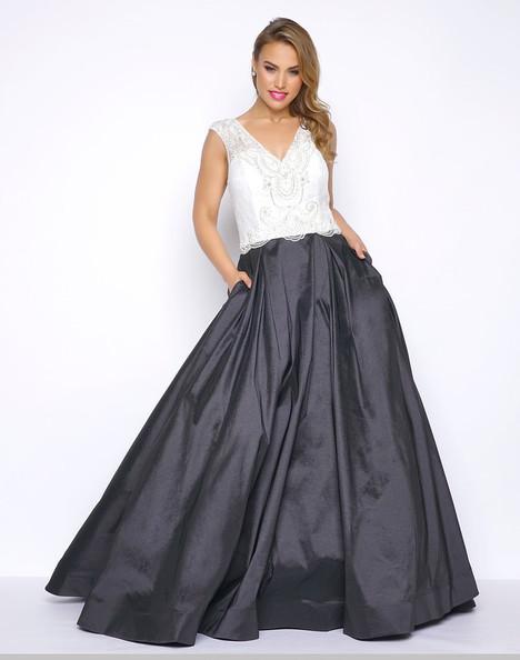 77250F (Black + White) Prom                                             dress by Mac Duggal : Fabulouss