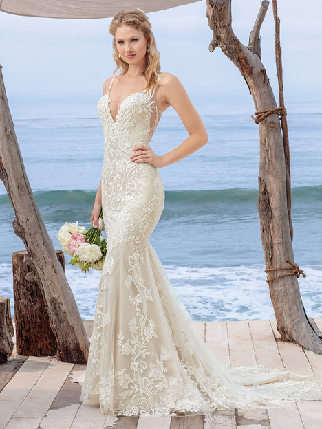 BL260 Wedding                                          dress by Beloved By Casablanca