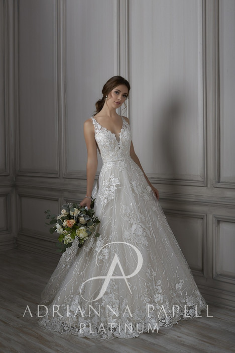 31076 Wedding dress by Adrianna Papell