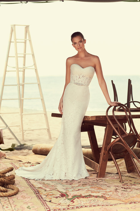 2182 Wedding                                          dress by Mikaella