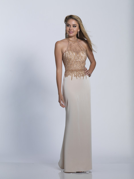 3223 gown from the 2018 Dave & Johnny Special Occasions collection, as seen on dressfinder.ca