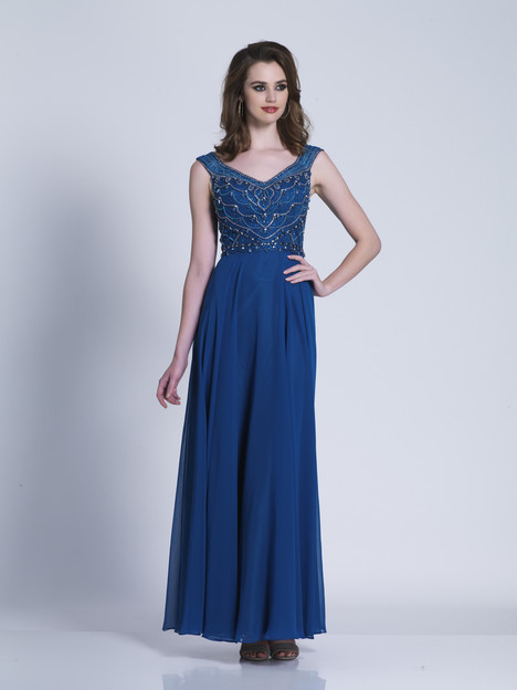 3451 gown from the 2018 Dave & Johnny Special Occasions collection, as seen on dressfinder.ca