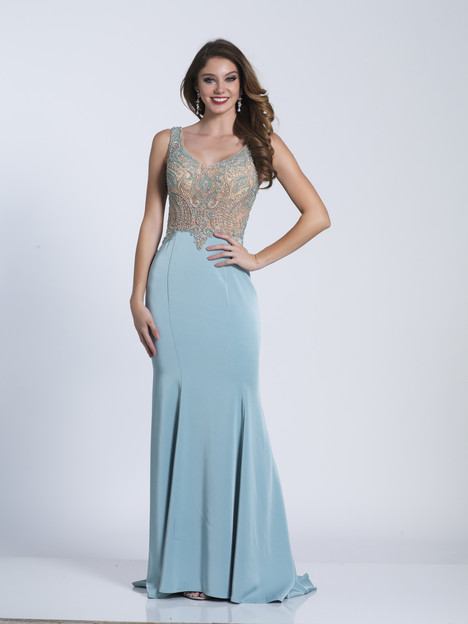 3572 gown from the 2018 Dave & Johnny Special Occasions collection, as seen on dressfinder.ca