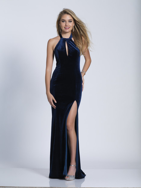 3581 gown from the 2018 Dave & Johnny Special Occasions collection, as seen on dressfinder.ca