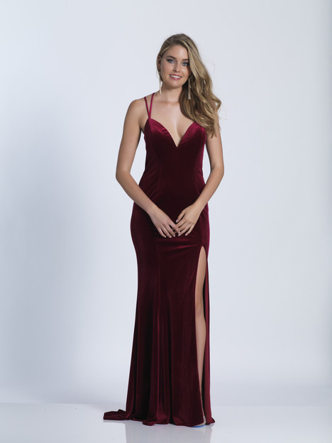 3582 gown from the 2018 Dave & Johnny Special Occasions collection, as seen on dressfinder.ca