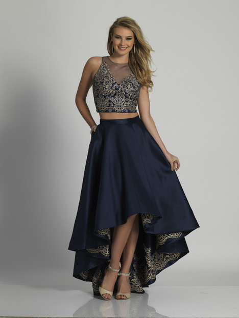 5875 gown from the 2018 Dave & Johnny Special Occasions collection, as seen on dressfinder.ca