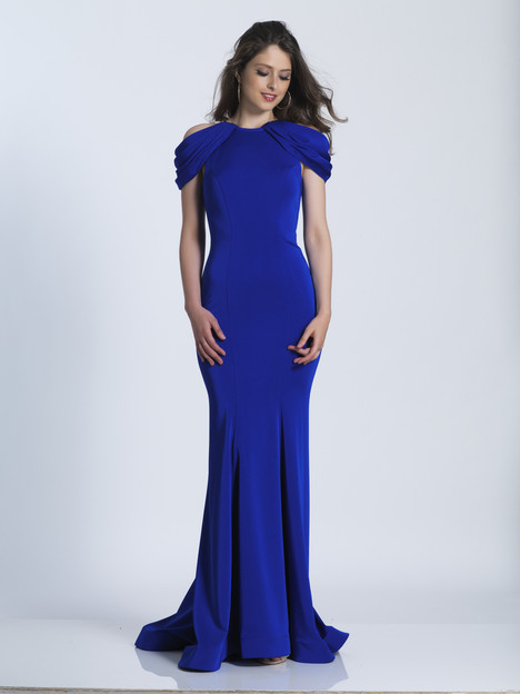 5907 gown from the 2018 Dave & Johnny Special Occasions collection, as seen on dressfinder.ca
