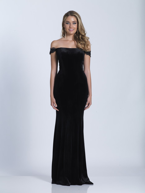 6010 gown from the 2018 Dave & Johnny Special Occasions collection, as seen on dressfinder.ca