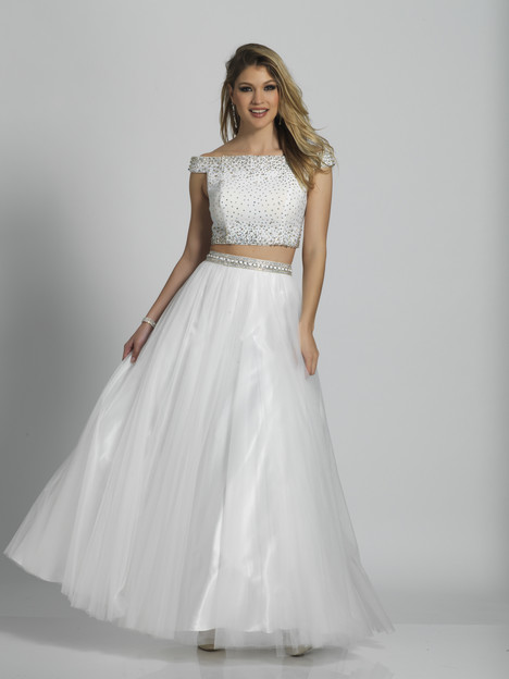 6092 gown from the 2018 Dave & Johnny Special Occasions collection, as seen on dressfinder.ca