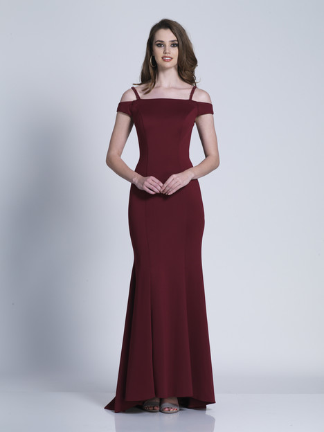 6152 gown from the 2018 Dave & Johnny Special Occasions collection, as seen on dressfinder.ca