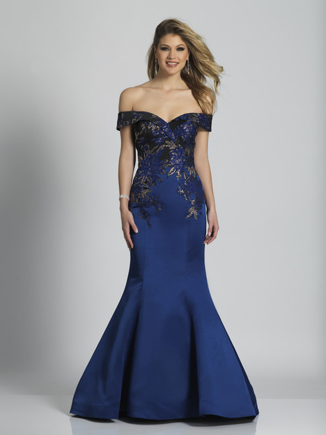 6181 gown from the 2018 Dave & Johnny Special Occasions collection, as seen on dressfinder.ca