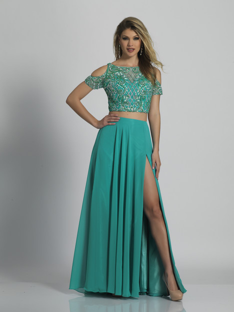 6195 gown from the 2018 Dave & Johnny Special Occasions collection, as seen on dressfinder.ca