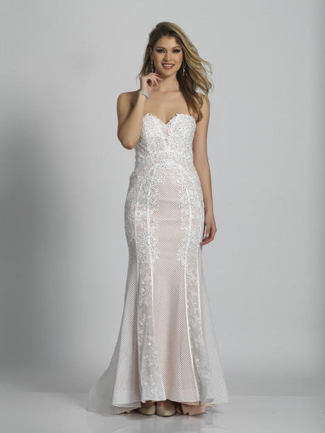 6281 gown from the 2018 Dave & Johnny Special Occasions collection, as seen on dressfinder.ca