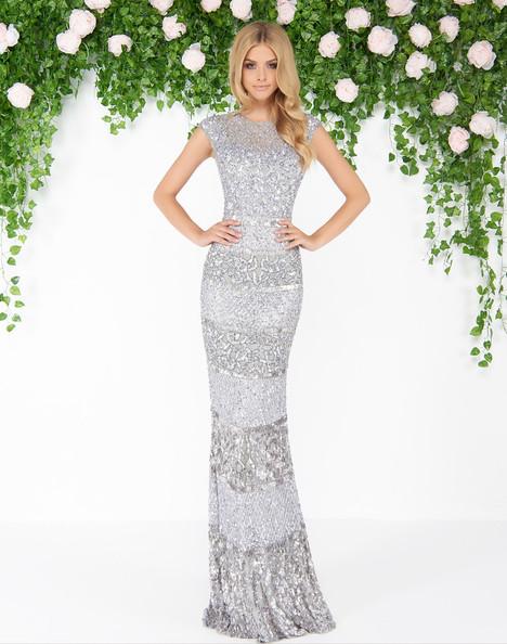 4579D (Platinum) Prom                                             dress by Mac Duggal : Couture