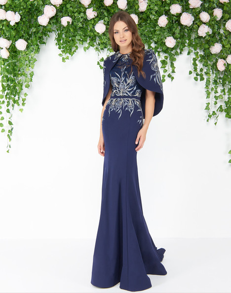 79133D (Midnight) gown from the 2018 Mac Duggal : Couture collection, as seen on dressfinder.ca