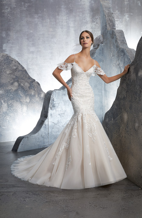 5601 Wedding                                          dress by Mori Lee: Blu