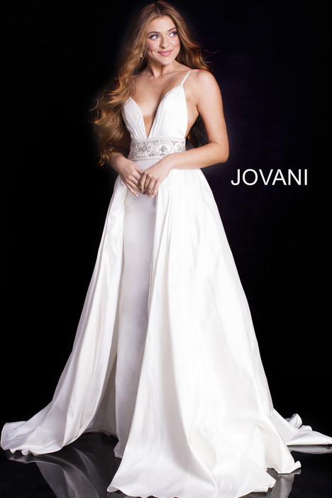 51436 gown from the 2018 Jovani collection, as seen on dressfinder.ca