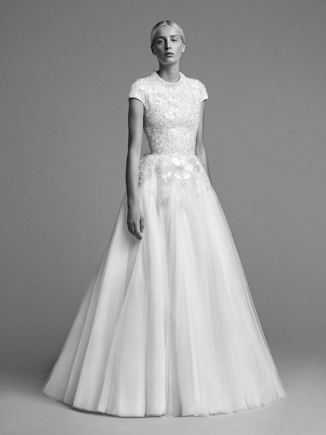 Look 16 Wedding dress by Viktor & Rolf Mariage
