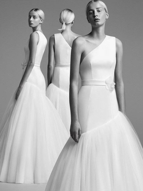 Look 17 Wedding                                          dress by Viktor & Rolf Mariage