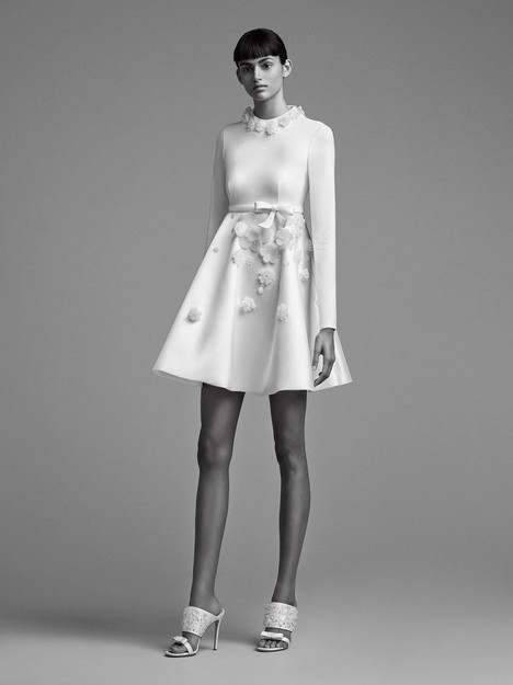 Look 19 Wedding                                          dress by Viktor & Rolf Mariage
