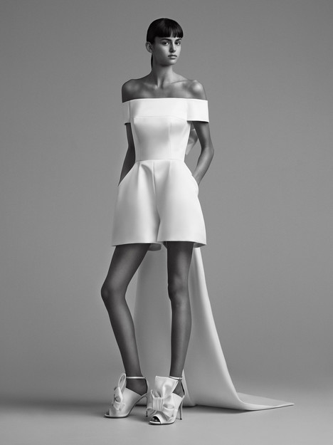 Look 21 Wedding                                          dress by Viktor & Rolf Mariage