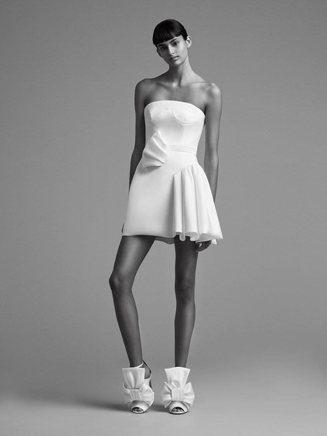 Look 23 Wedding                                          dress by Viktor & Rolf Mariage