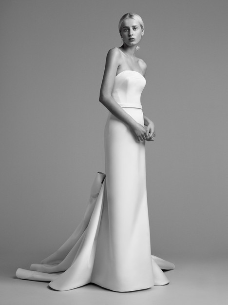 Look 5 Wedding                                          dress by Viktor & Rolf Mariage
