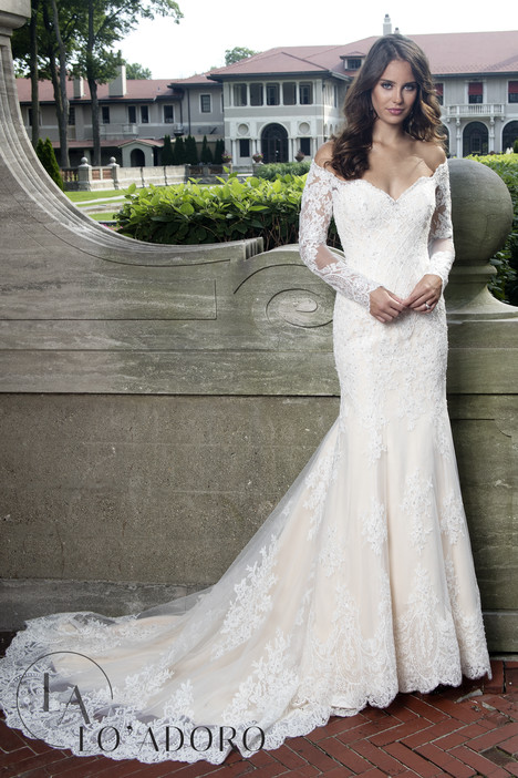 M604 Wedding                                          dress by Lo' Adoro