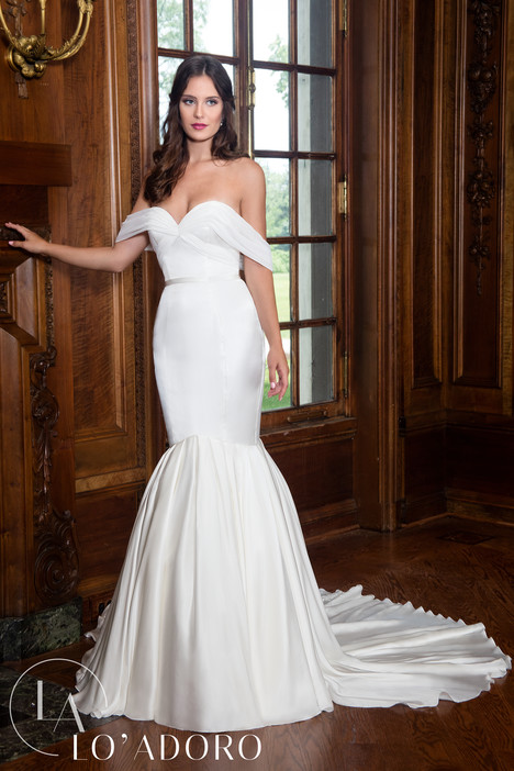 M605 Wedding                                          dress by Lo' Adoro