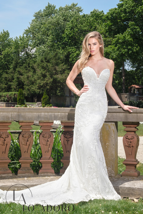M610 Wedding                                          dress by Lo' Adoro