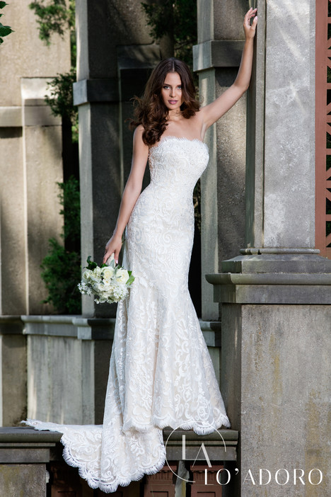 M625 Wedding                                          dress by Lo' Adoro